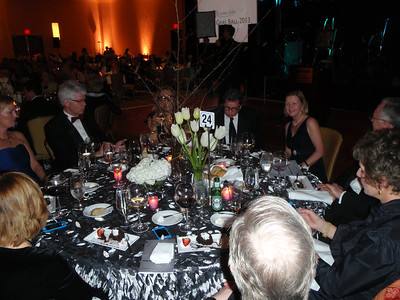 Table with Lars and Elisabeth von Kantzow and Ricky Weiss