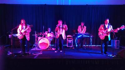 Brickhouse band; Grady (patron) is guitarist