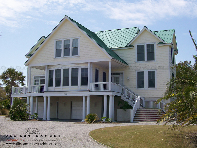 Plan C0233 by Allison Ramsey Architects built on Fripp Island in Beaufort County, South Carolina. This plan is 3195 Heated Square Feet, 3 Bedrooms and 2 1/2 Bathrooms. Carolina Inspirations Book I, Page 8, C0233.