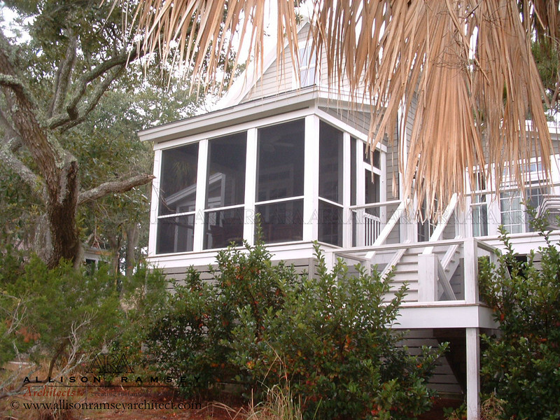 The Red Bluff Plan by Allison Ramsey Architects built on Fripp Island in Beaufort County, South Carolina. This plan is  1590 Heated Square Feet plus Loft, 3 Bedrooms and 2 Bathrooms. Carolina Inspirations Book I, Page 46, C0225.