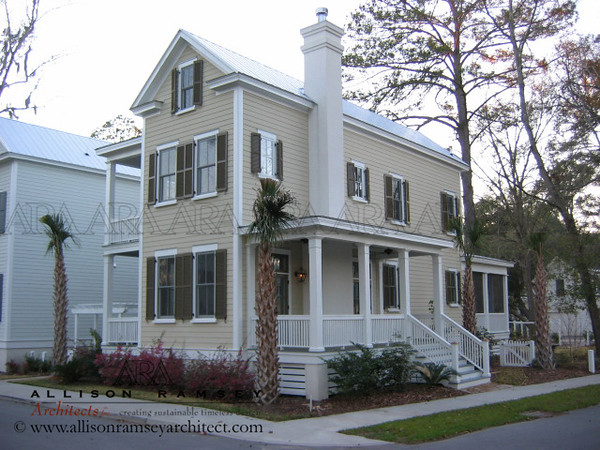 The Jasper Plan by Allison Ramsey Architects built at Habersham in Beaufort, South Carolina. This plan is 1132 Heated Square Feet, 2 Bedrooms and 1 1/2 Bathrooms. Carolina Inspirations Book I, Page 26, C0034.