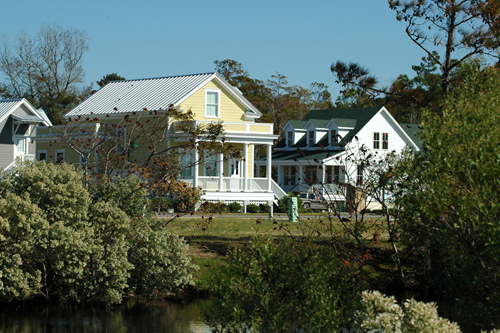 The Verdier Plan by Allison Ramsey Architects built at Cypress Cove in Manteo, North Carolina. This plan is 1772 Heated Square Feet, 3 Bedrooms and 2 1/2 Bathrooms. Carolina Inspirations Book I, Page 7, C0012.