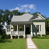 The Covington Plan by Allison Ramsey Architects built at Coosaw Point in Beaufort, South Carolina. This plan is 2490 Heated Square Feet, 4 Bedrooms and 3 1/2 Bathrooms. Carolina Inspirations, Book II, Page 56, C0395.