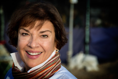 Carolyn Bettes - Headshot