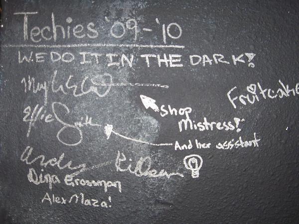 2011-01-18 - Shop Wall Signatures