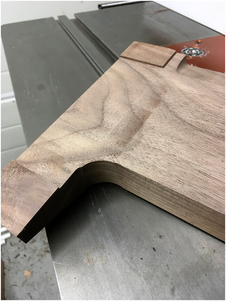 Cookery book stand - Machining feet