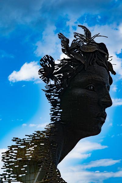 Primavera statue, along the Malecon in Havana