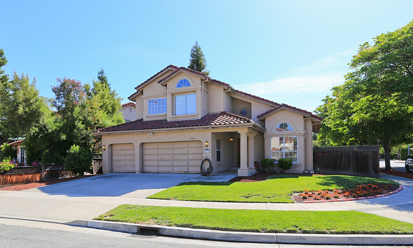 5696 Blackhawk Ct San Jose