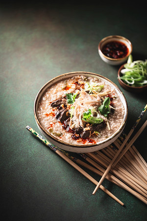 Congee (soupe de riz asiatique)