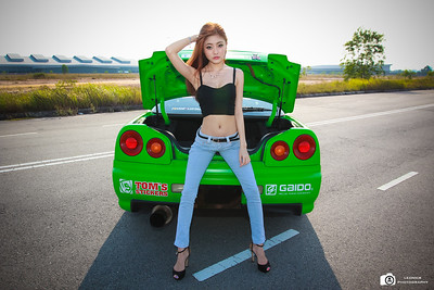 Nissan Skyline GTT34 With Michelle Lee