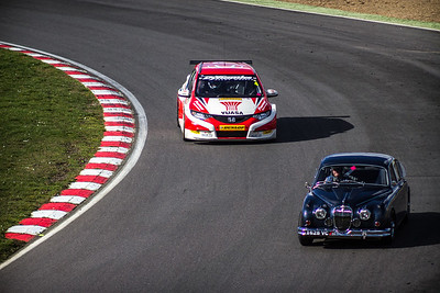 Matt Neal - Yuasa Racing Honda Civic Tourer