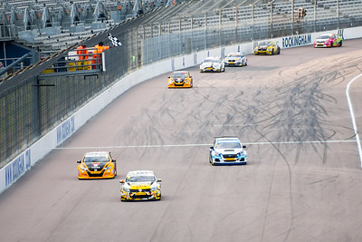 Rockingham BTCC Finish