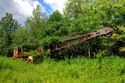 Rusty Old Crane    Berlin, NY   #735