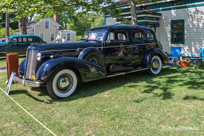 1937 Buick Roadmaster 4-dr sedan, 2011 Greenfield Village Motor Muster