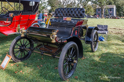 1905  Oldsmobile Curved Dash Runabout