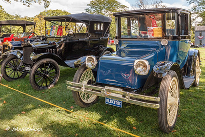 1917 Ford Model T Touring & 1925 Detroit Electric 95 Brougham