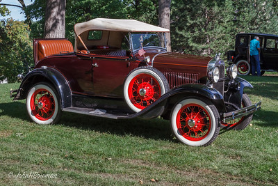 1930 or 1931 Ford Model A DeLuxe Roadster