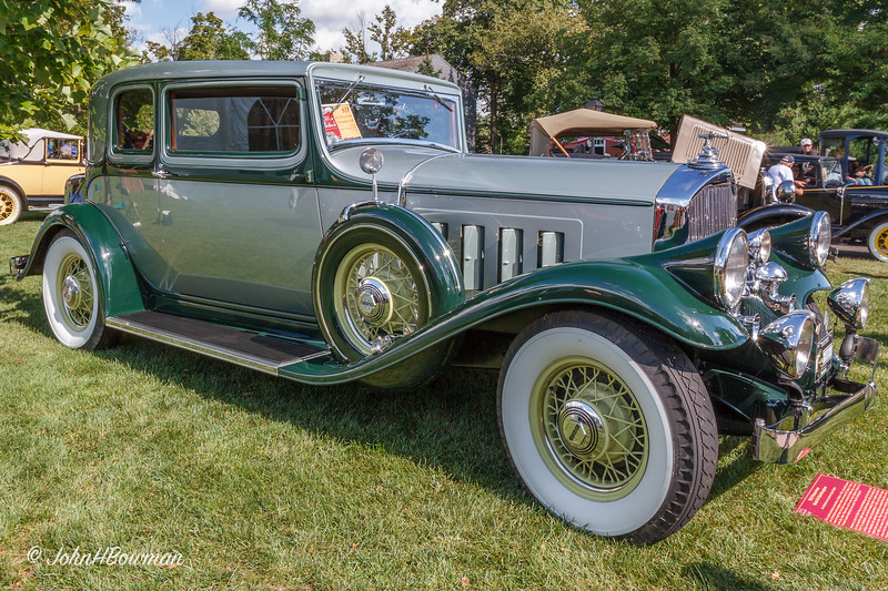 1932 Pierce-Arrow Model 54 Brougham Club