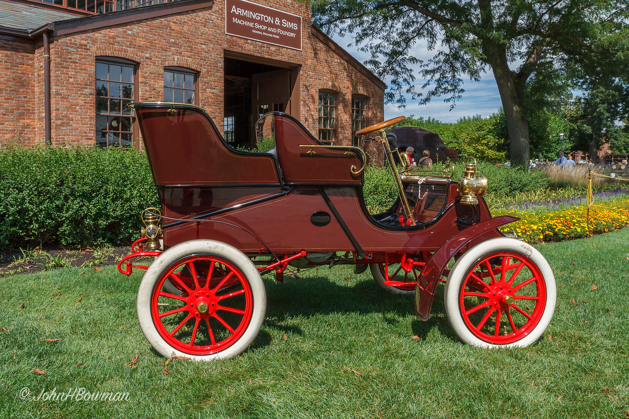 1903 Cadillac Runabout with Tonneau