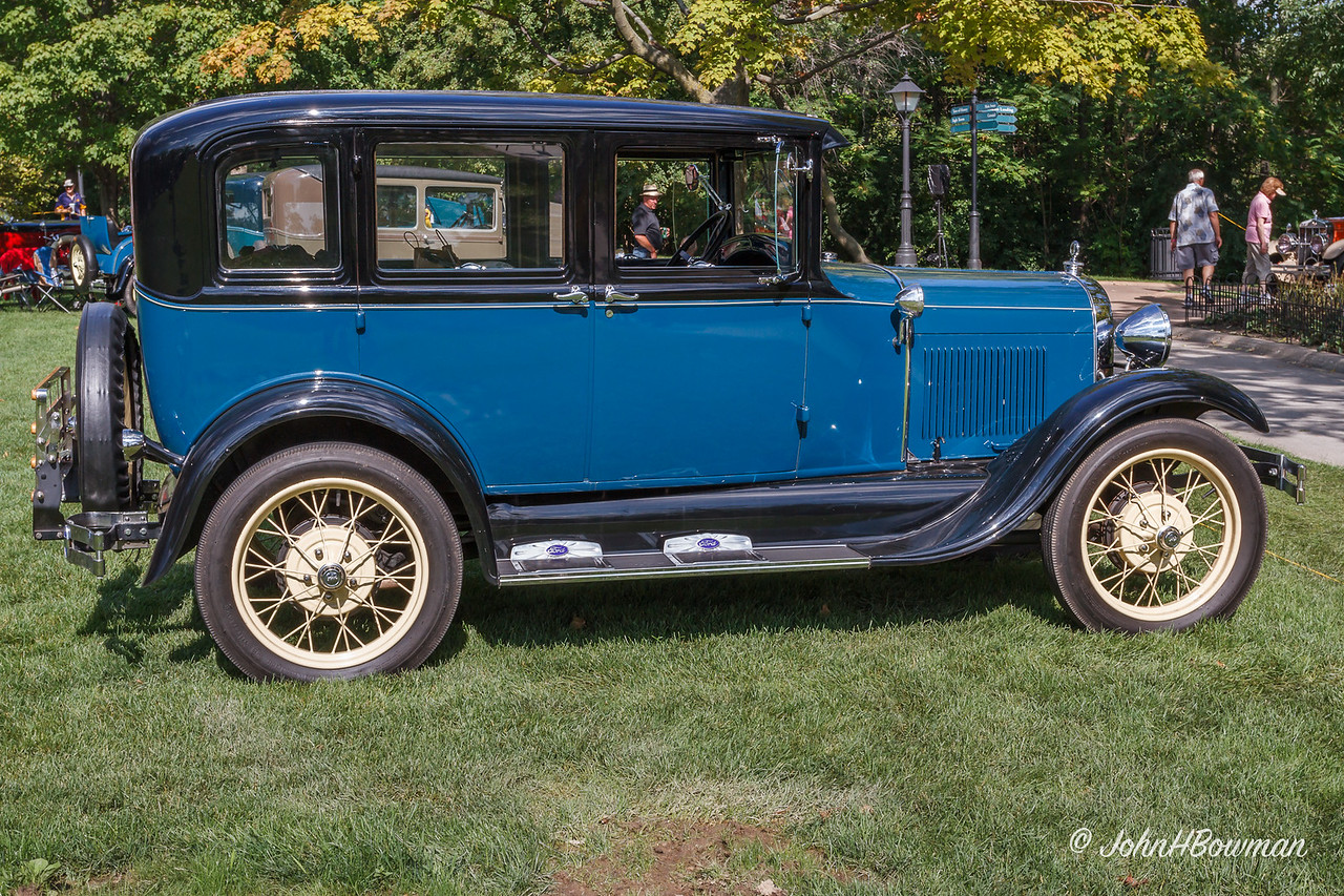 1928 or 1929 Ford Model A Fordor