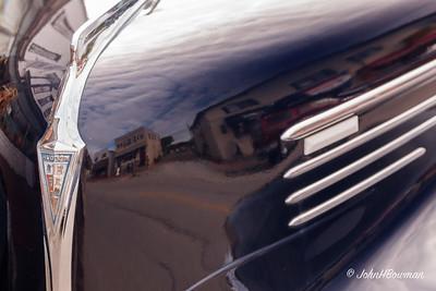 1940 Hudson Sedan - Hood Badge
