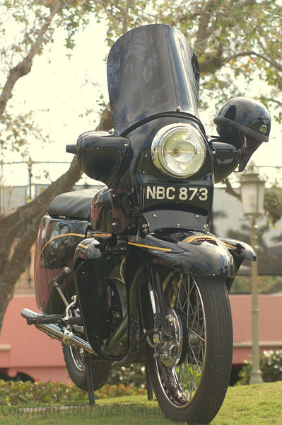 This Vincent Black Prince got extra points for being ridden in. It was the first one I had ever seen not in a museum. It was the platinum winner in the pre-1960 class