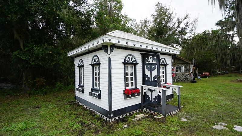 Florida Flywheelers Village Quilt Shop