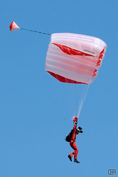 Red Berets Army Parachute Team