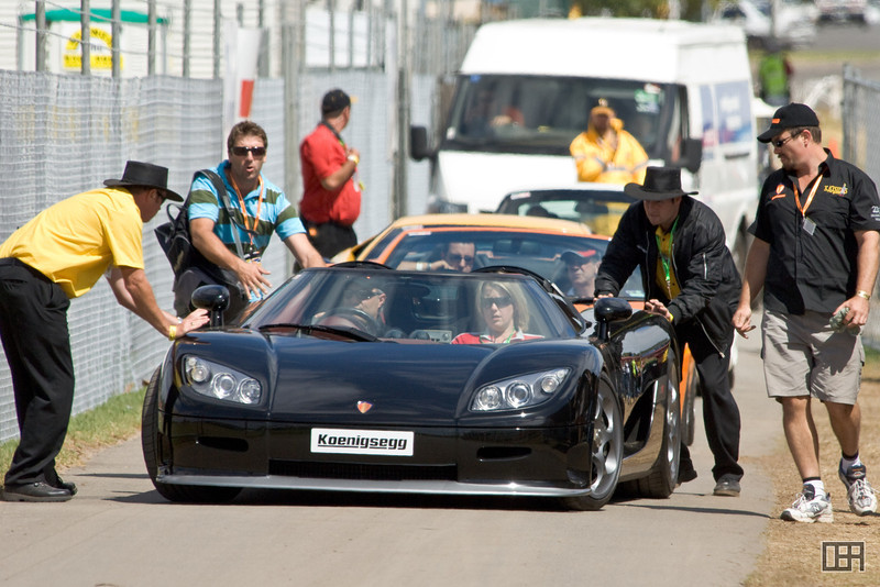 It is not good when you have to push your Koenigsegg off the road.