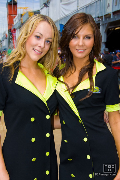 The Fujitsu Racing girls