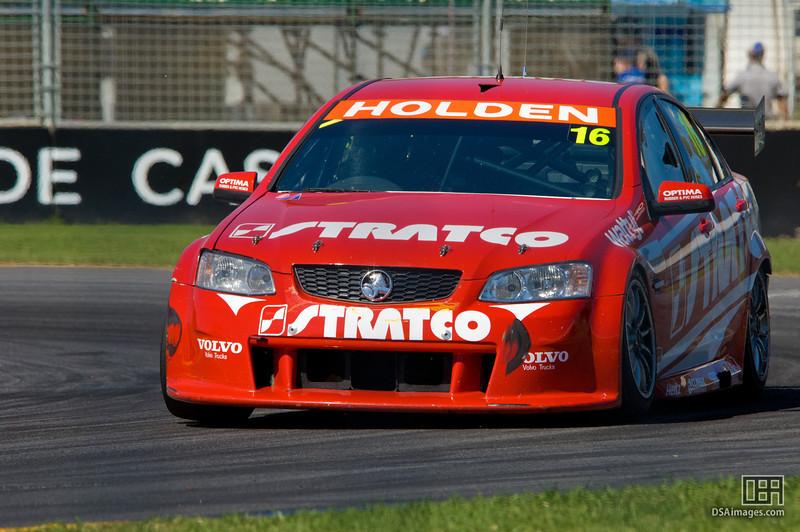 David Reynolds of the Stratco Racing team