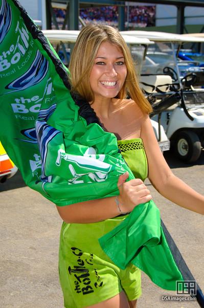 Bottle-o Racing Girl