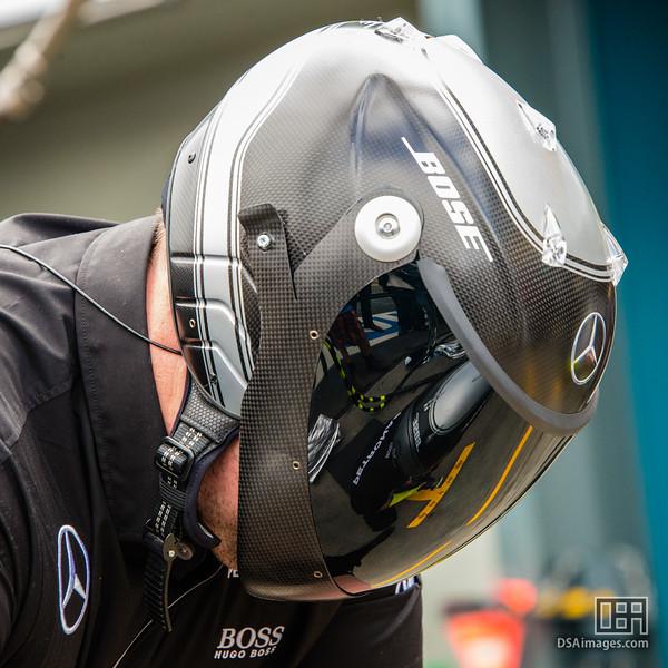 Mercedes pit crew