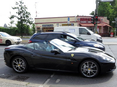 Berlin Ferrari California
