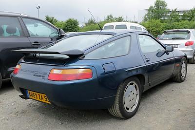 Porsche 928S Series 4