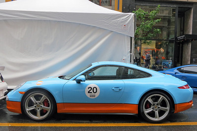 Porsche 911 Gulf colors