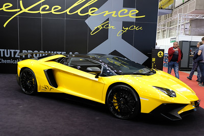 Lamborghini Aventador LP-750-4 SV