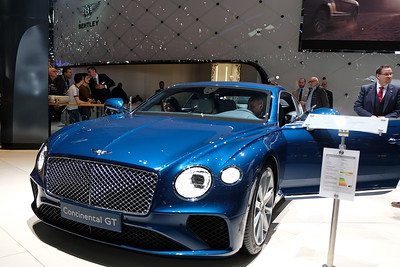 Bentley Continental GT V-12