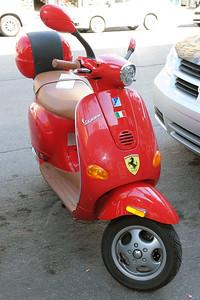 Vespa Ferrari
