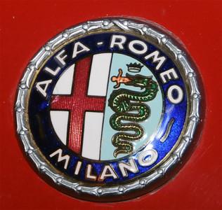 Little Italy Alfa Romeo emblem