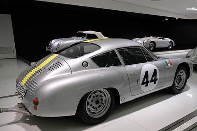 Porsche Museum 02