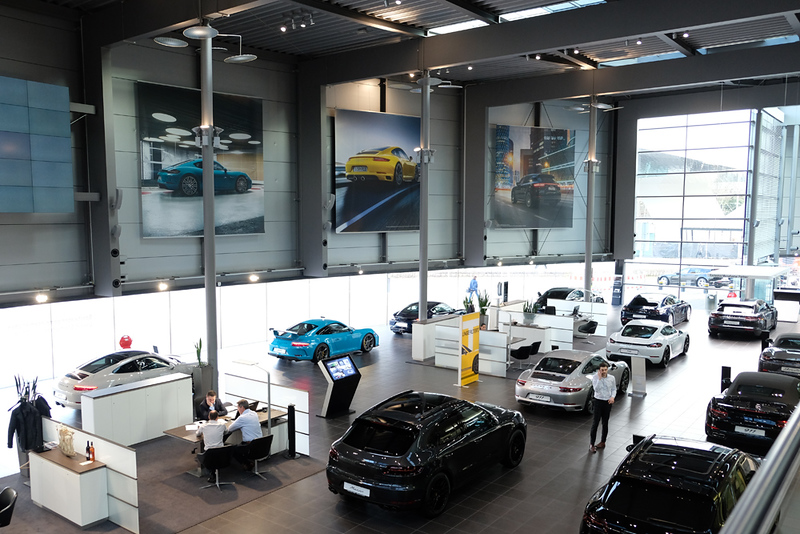 Porsche New Car Center Stuttgart