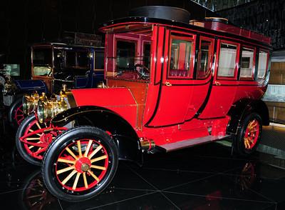 Mercedes museum 03