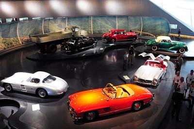 Mercedes museum 22