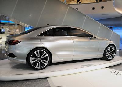 Mercedes museum 14