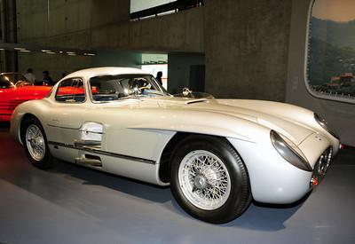 Mercedes museum 07