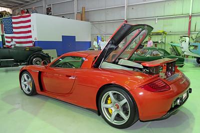 Hangar Porsche Carrera GT 02