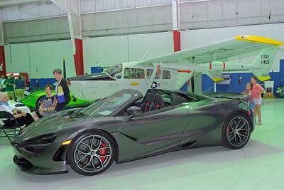 Hangar McLaren 720S 03