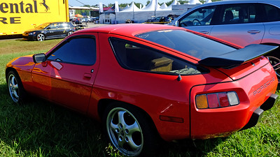 Porsche 928 16X9