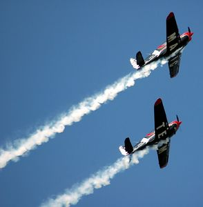 Click here to visit the web site:  Swift Magic Aerobatic Team